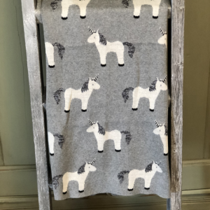 Intuition of Murray | Little Ones | Kentucky | Home | Unicorn Throw 2